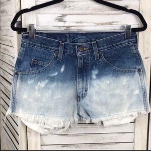 Wrangler Ombré Bleach Shorts